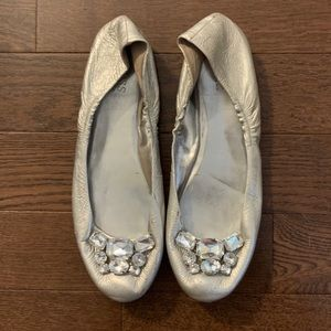 GUESS silver flats with beautiful crystal stones